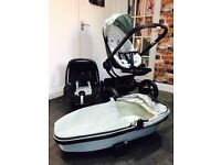 Quinny Moodd Pebble Pushchair Pram Carrycot, Car seat, Isofix base & additional bought accessories