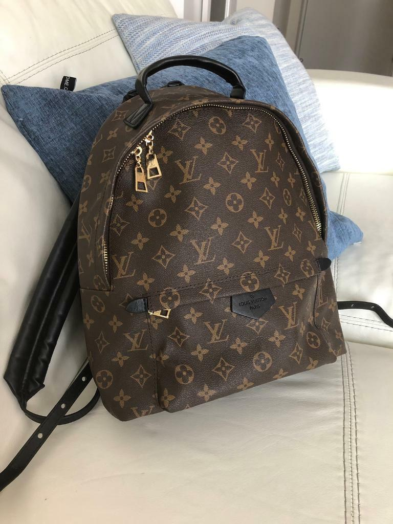 a9bb3c5b9188 Louis Vuitton backpack 32cm. Chatham ...