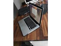 Apple MacBook Pro - 4gb ram - 620gb hard drive - with accessories