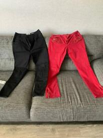 2 pair skinny jeans vgc size 14can post for extra postage 5 pound both