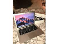 MacBook Air 11.6 2013 Core i5 @ 1.4Ghz 250GB SSD 8GB RAM