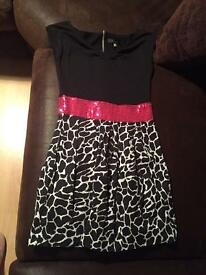 Black white and pink dress size 8