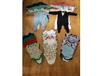 Baby boys clothes ( grows and bodysuits ) 0-3 Months