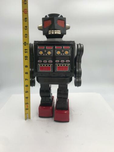 """Horikawa Super Space Giant Battery Operated Toy Robot Tin toy Vintage Japan 16"""""""