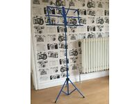 Portable adjustable music stand