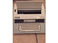 Smith Corona XD 5700 Vintage Typewriter