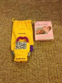 2xunused teething gummee gloves