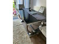 Black and silver gloss dinning table