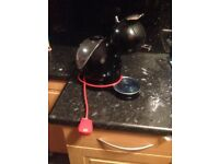 Dolce gusto coffee machine( hardly used)
