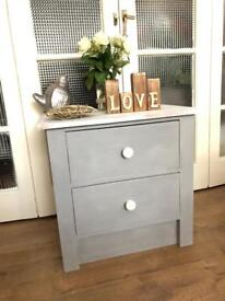 Pine bedside table Free Delivery Ldn🇬🇧shabby chic