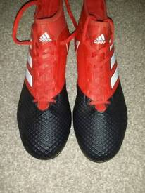 Boys sock boots,adidas,size 8.5,immaculate