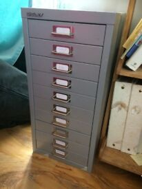 Filing Cabinet - 10 drawer
