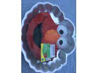 Sesame Street Elmo Cake Tin