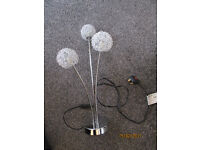Nice Silver 3 wire ball lamp