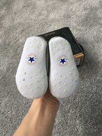 Baby converse size 1 0-3 months