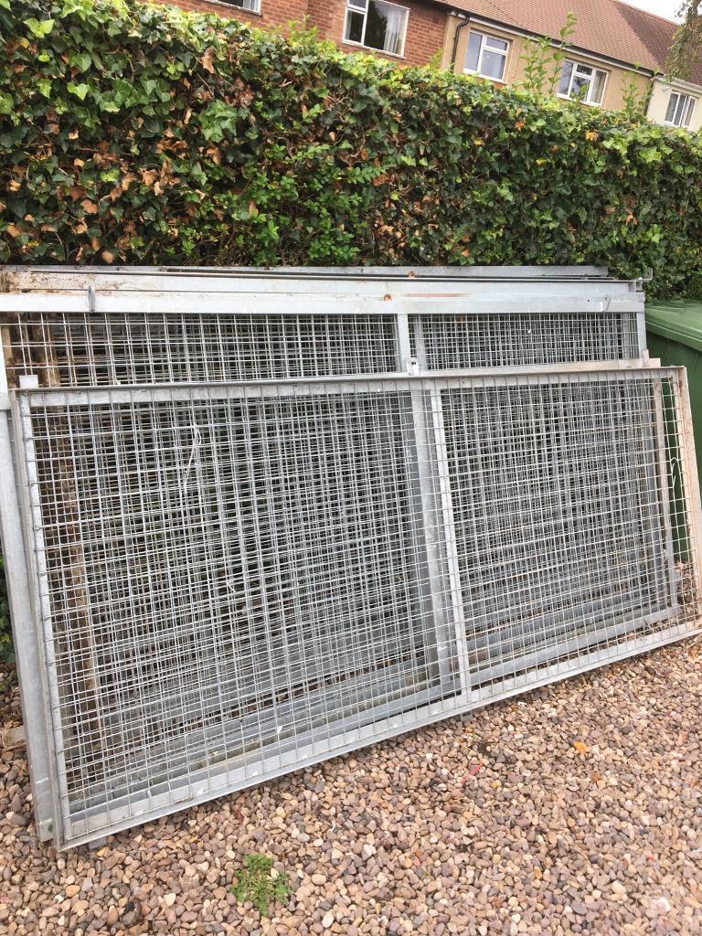 Galvanised metal cage sides