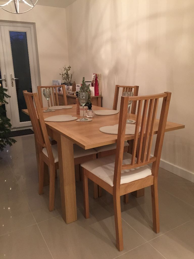 Next stanton light oak 4 6 seater square to rectangle dining table chairs excellent - Seater square dining table ...