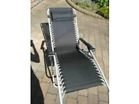 2 brand new gravity chair sun loungers