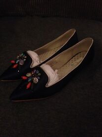 Shoes, ladies 4 pairs, new / nearly new