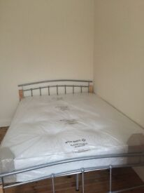 Lovely double room to rent