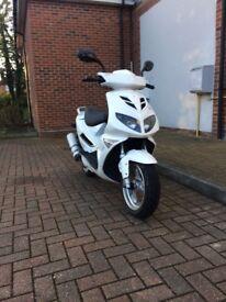 Jonway F One 125cc Moped