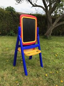 Kids reversible chalk and white board , excellent condition with eraser