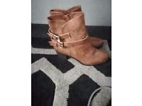 Tan new look boots size 8