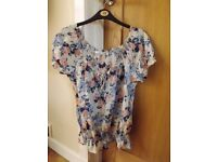 New Look Flower Top Size 12