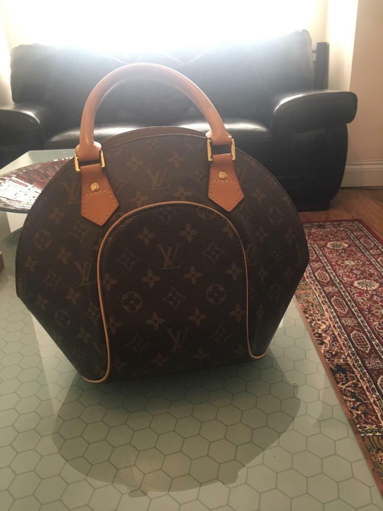 7201899973b99 Genuine Louis Vuitton handbag