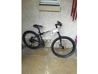 Trek series 6000 mountain bike
