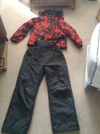 Mens Ski/Snowboard Jacket and Ski pants size XL