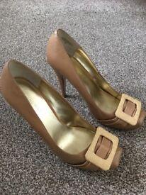 Ladies Ninewest shoes size 5.5