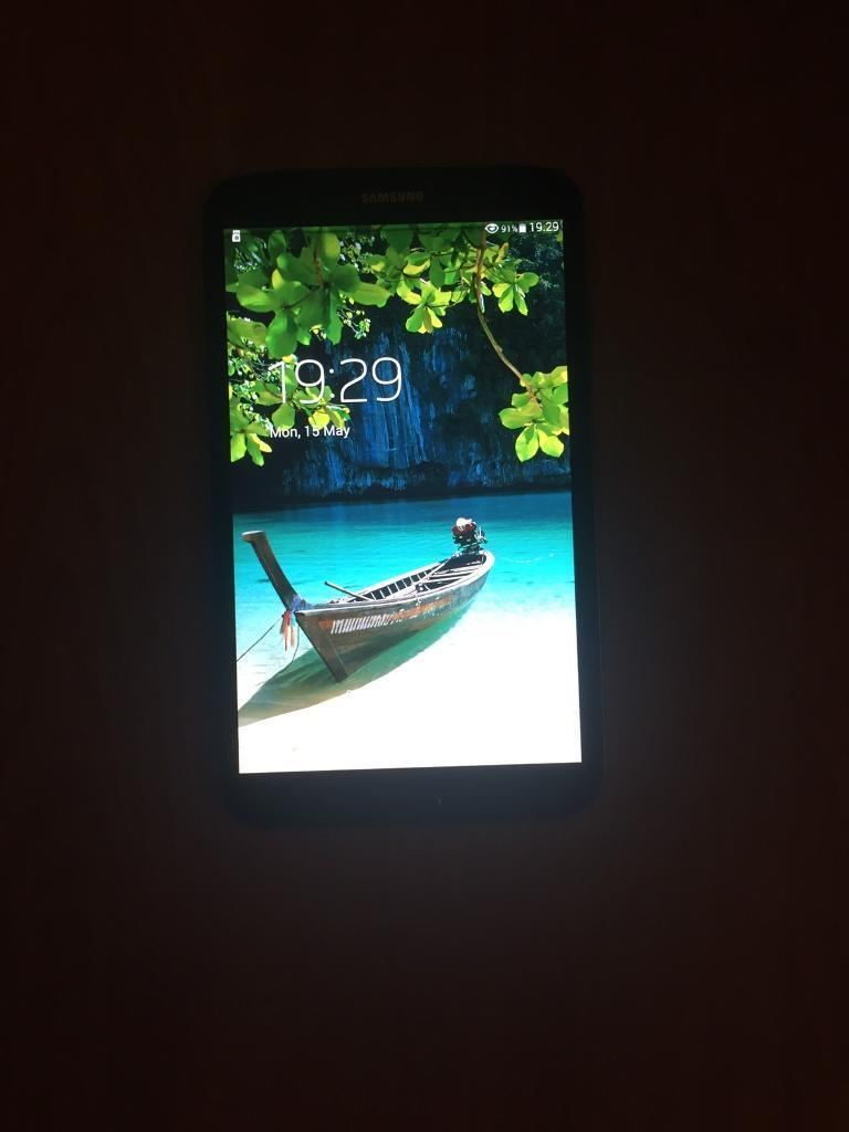 Samsung galaxy tab 3) 7in Bournemouth, DorsetGumtree - Samsung galaxy tab3) 7inch good condition a few scratches on the back all in great working order comes with a 16gb memory card and a charger looking for £45 Ono