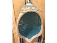 Angelcare Soft Touch Bath Support - Aqua, Excellent condition