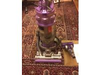 Dyson Dc15 vacuum cleaner in good working condition