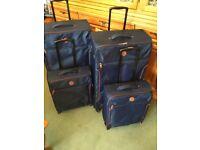Suitcase matching set of 4 2 large 2 cabin