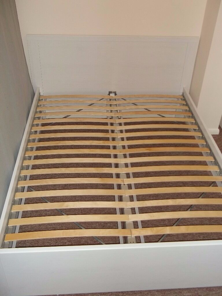 Ikea brusali standard king size bed frame with slatted bed for Bed base ikea