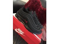Air max 96 black with red tick