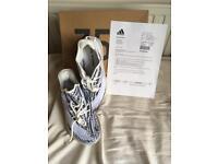BRAND NEW!!! Yeezy Boost v2 Zebra size 9.5 UK.