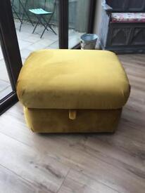 Large storage footstool/Ottoman