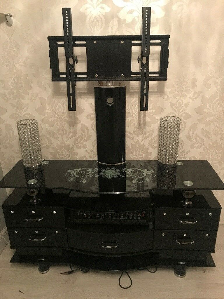 Quality Italian black glass to LCD unit tv stand