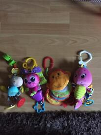 Hanging toys for playmat / jumperoo / car seat