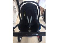 Quinny Buggy with MaxiCosi baby car seat