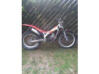 Beta Rev 3 2004 trials bike for sale