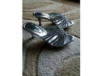 Occasion silver shoes