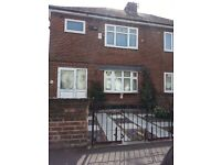 3 bed semi detatched house with mature garden, to rent. worksop s80