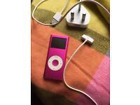 Apple IPod 4gb in pink