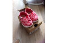 Baby Infant TOMS shoes red hearts size T2