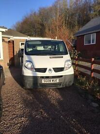 Renault Trafic. SL27 DCI 115. 08 plate