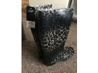 BRAND NEW WITH TAGS LADIES WELLIES SIZE 6 RRP £13 can deliver lots on sale